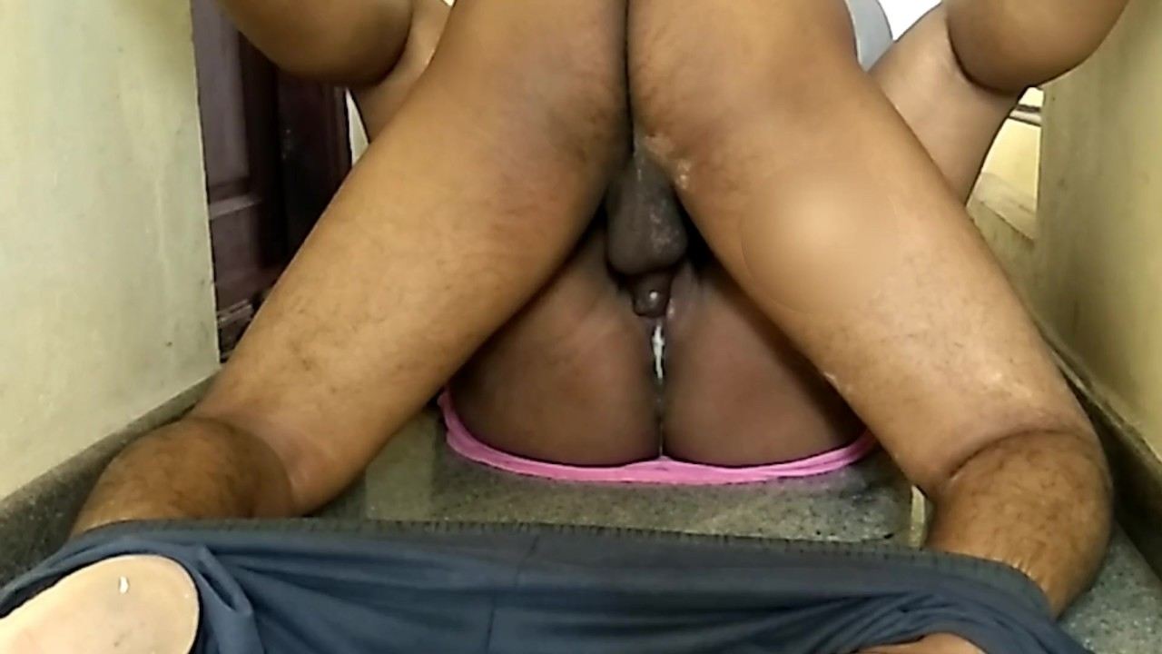 Risky Indian Public Fuck Almost Caught porn