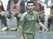 Soccer player's hot public bulge for free
