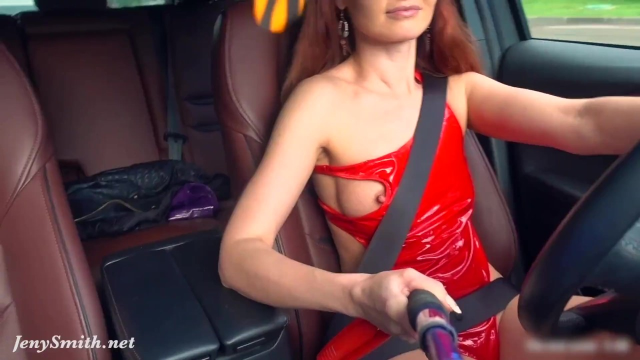 Naked woman with perfect body in a car was caught by strangers video